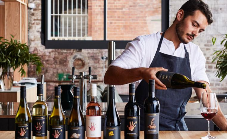 葡萄酒代理经销企业用OA系统:线上业务、线下活动一体管控
